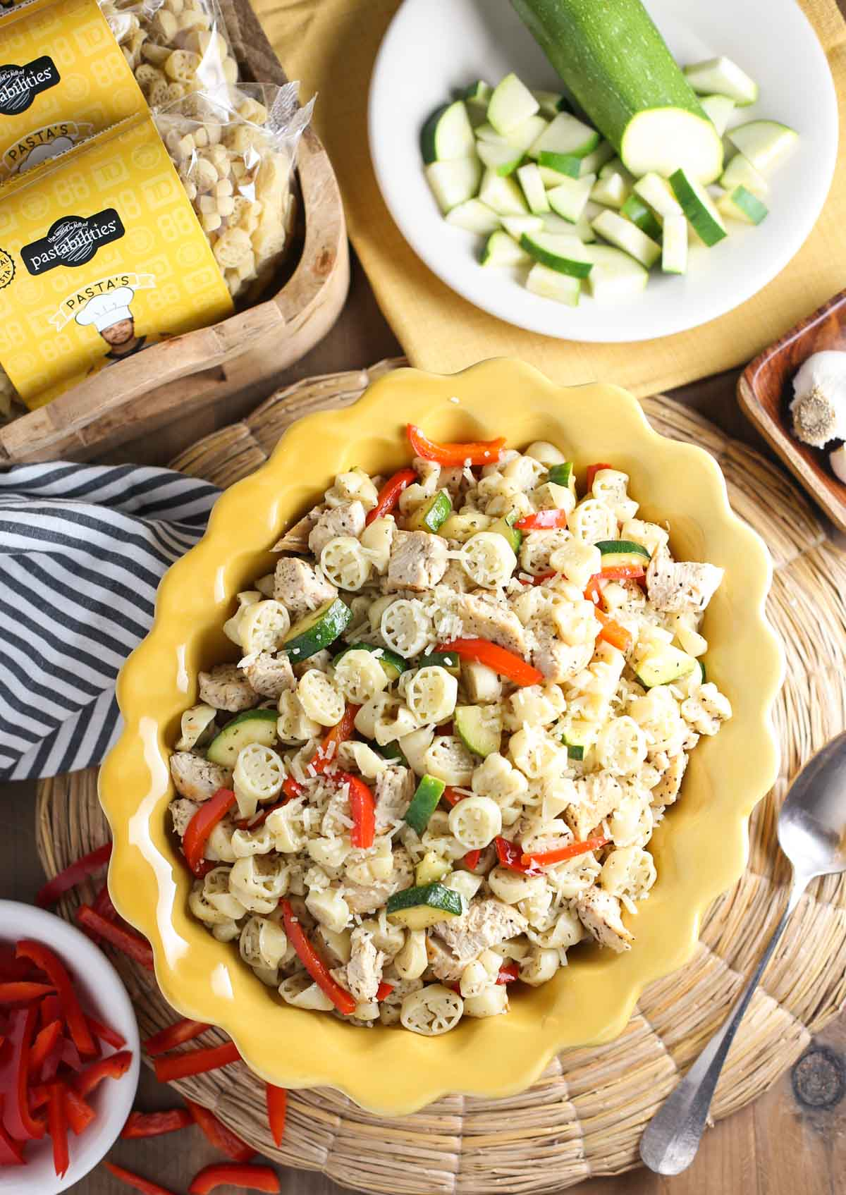 Boston Bruins Pasta's Pasta Primavera with Chicken | Light and delicious recipe your family will love! | Go Bruins! | WorldofPastabilities.com