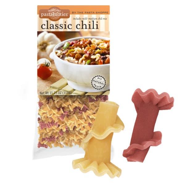 Classic Chili Pasta Bag with pasta pieces