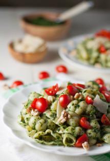 Kale and Walnut Pesto