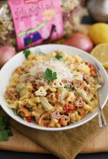 Lemon Shallot Pasta with Sun Dried Tomatoes