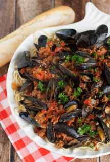 Linguine with Mussels and Chorizo