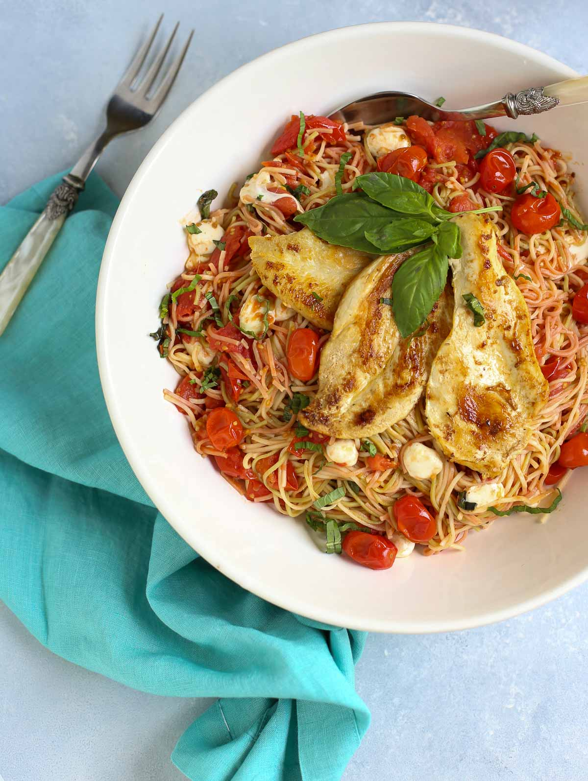 Margherita Pasta with Chicken | Take your favorite pizza and make a wonderful pasta dish! Simple, fresh, and delicious! Add chicken to take it up a notch...yum! | Pastashoppe.com