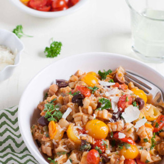 One Pot Pasta Puttanesca | WorldofPastabilities.com | Bright fresh flavors add zest to this traditional Italian dish. One pot makes it simple and easy!