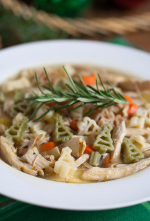 Quick Holiday Chicken Noodle Soup