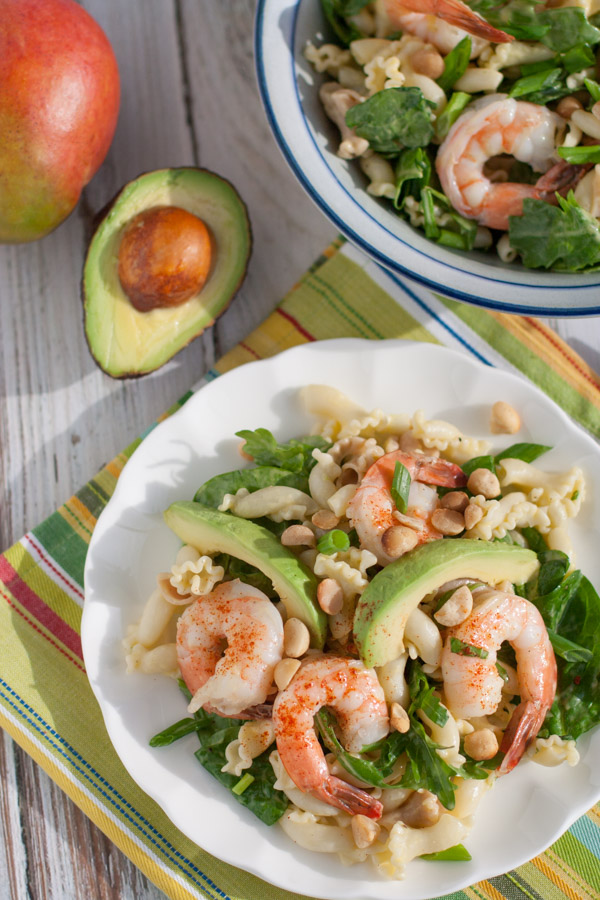 Shrimp Avocado and Spinach Pasta with Mango Vinaigrette |Top 5 Pasta Recipes 2015 | WorldofPastabilities.com | Tried and true favorite recipes from 2015! Must do's for 2016!