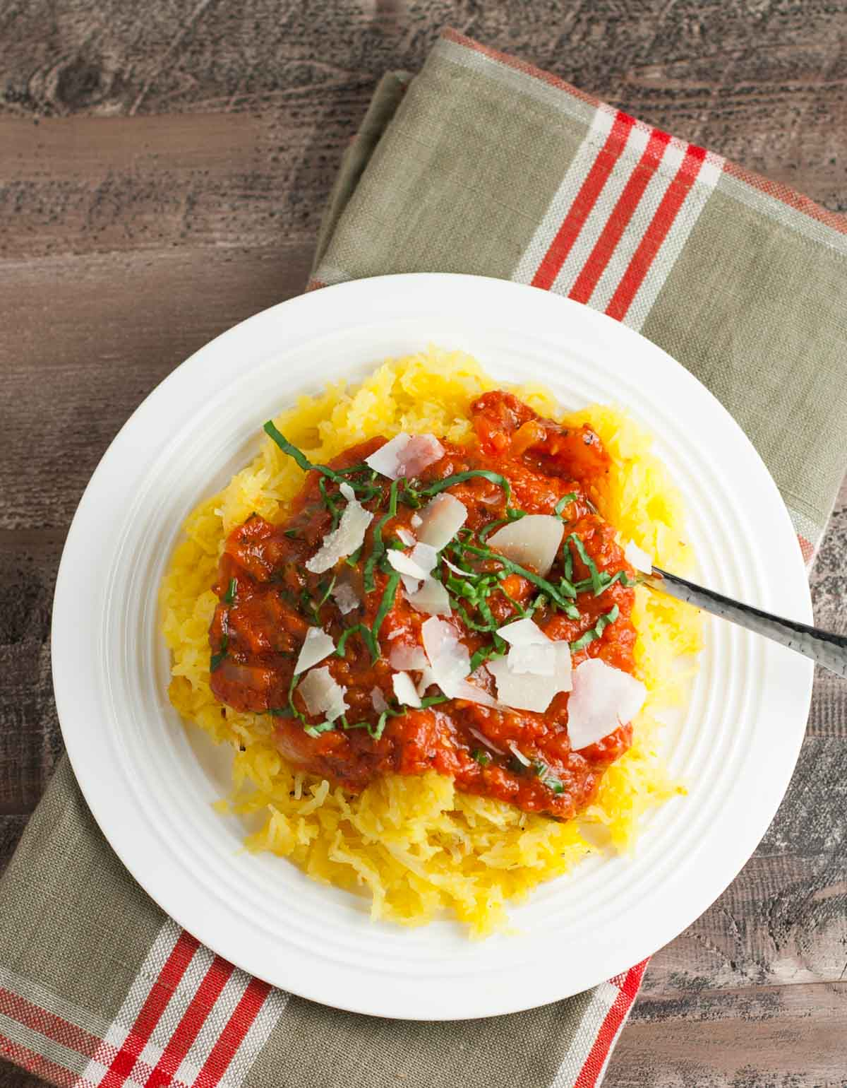 Roasted Spaghetti Squash | WorldofPastabilities.com | Easy to roast and delicious in flavor - healthy and tastes like pasta!