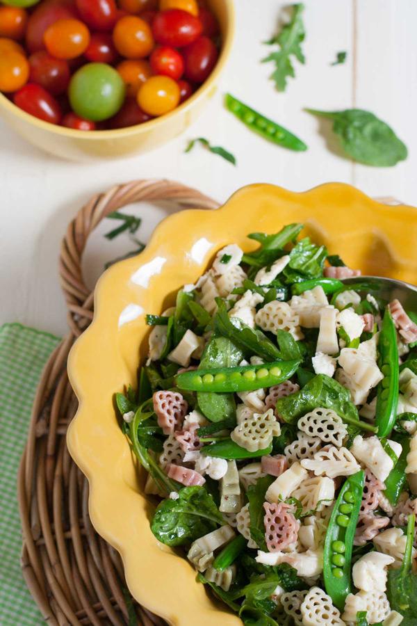Arugula-Spinach-and-Mozzarella-Pasta