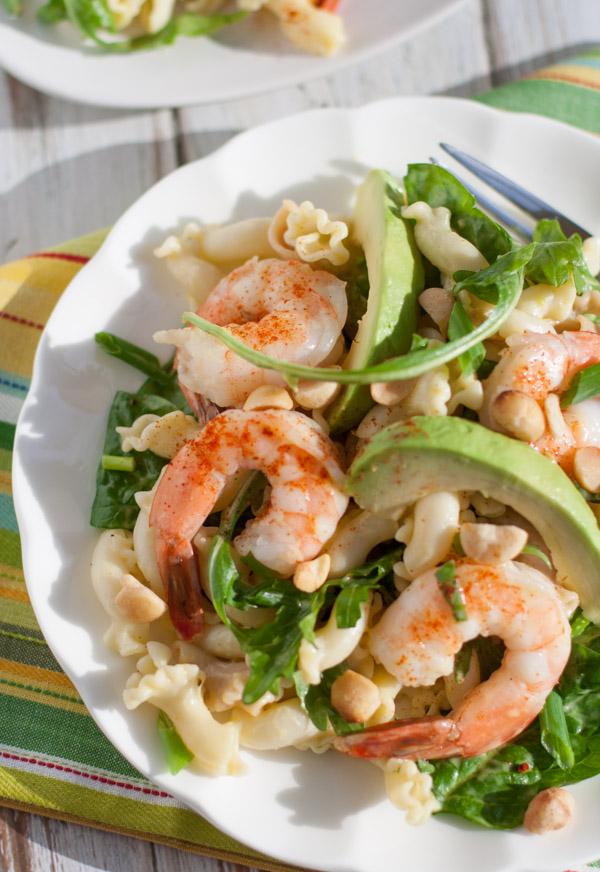 Shrimp Avocado and Spinach Pasta with Mango Vinaigrette | WorldofPastabilities.com